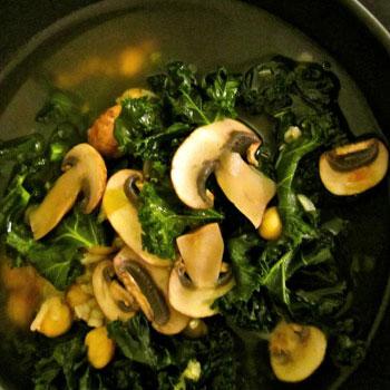 Rice with Mushrooms & Kale