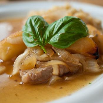 Grilled Onion-Apple Pork Chops