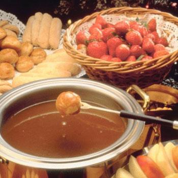 Crockpot Caramel Rum Fondue