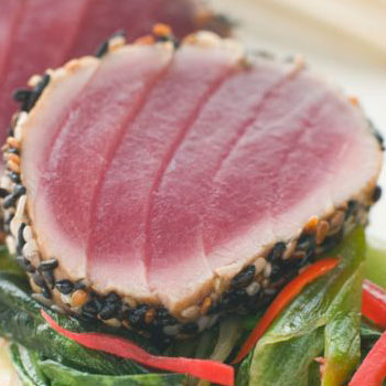 Wasabi Tuna with Onions